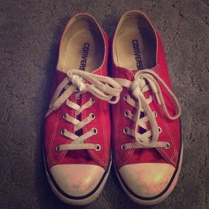 Converse all star red low tops 8